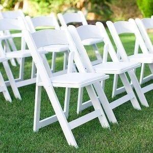 White+resin+garden+chair+rental+in+milwaukee