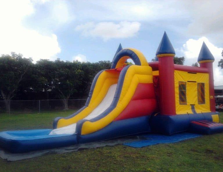 Combo Bounce House/Slide/Pool.